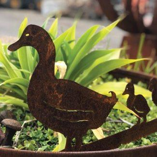 ferntree-gully-garden-art-steel-sculpture