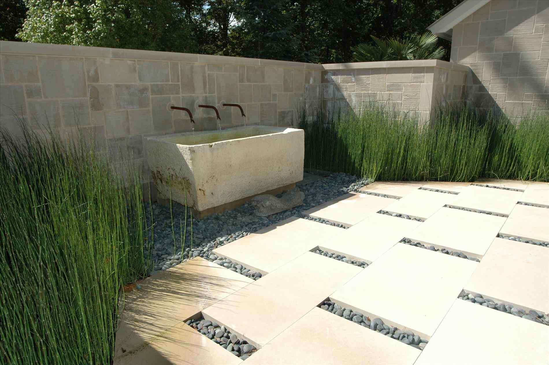 Outdoor Feature Area With Pavers