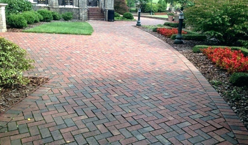 45 deg Herringbone Brick Pattern Drive